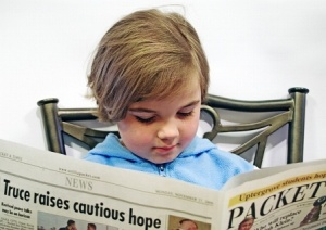 Child-Reading-Paper